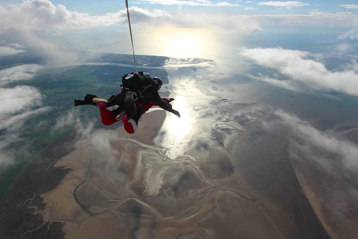 Sponsor a parachuting priest! £5000 needed!