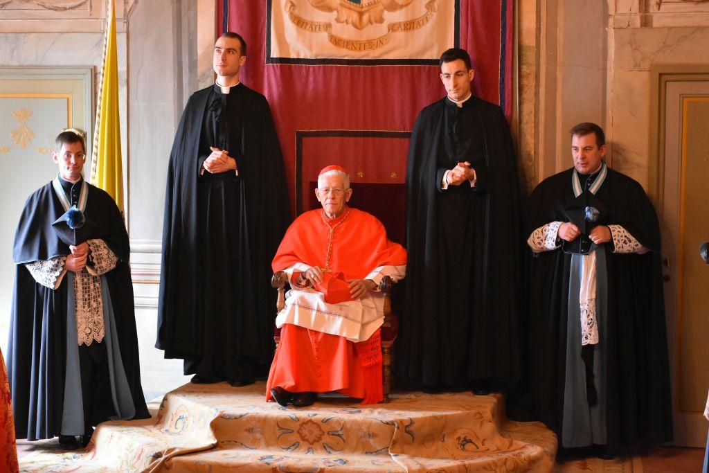 CARDINAL PIAT OF MAURITIUS VISITS